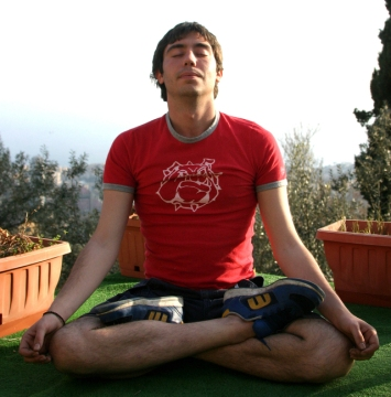 yoga-relax-1556603-640x650